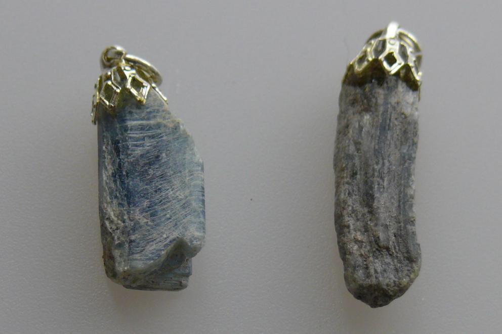 Cyaniet hanger - blauw