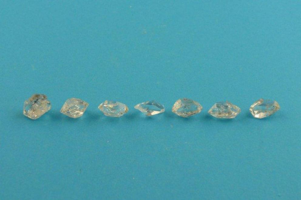 Herkimer diamant edelsteenlegging - chakralegging