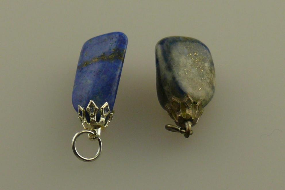 Lapis Lazuli hanger met Pyriet insluitsels