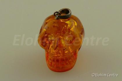 Barnsteen, menselijke schedel, human schedel hanger